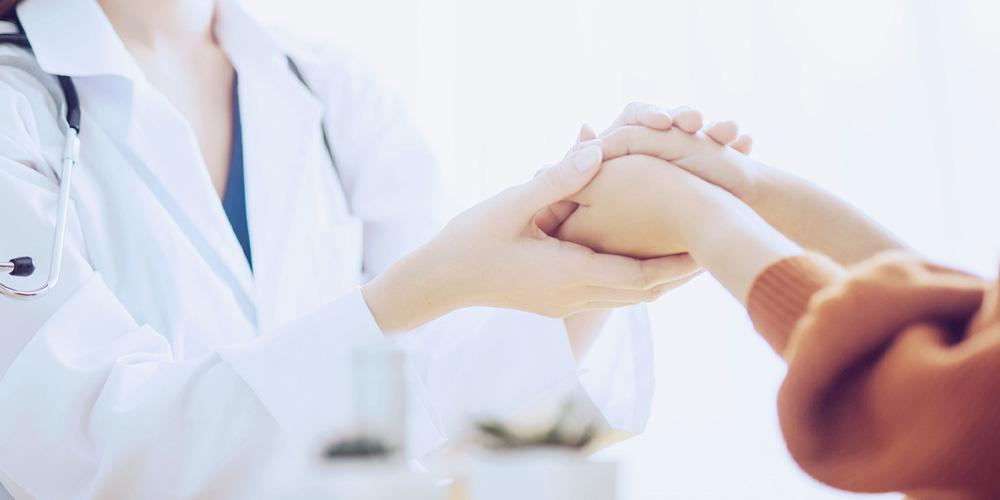 青十字製薬 病医院、調剤薬局経営コンサルティング・業務代行事業
